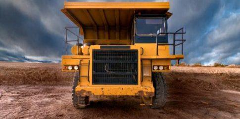 huge-auto-dump-yellow-mining-truck[1]