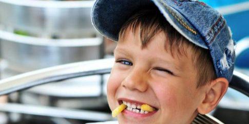 little-boy-enjoying-french-fries[1]