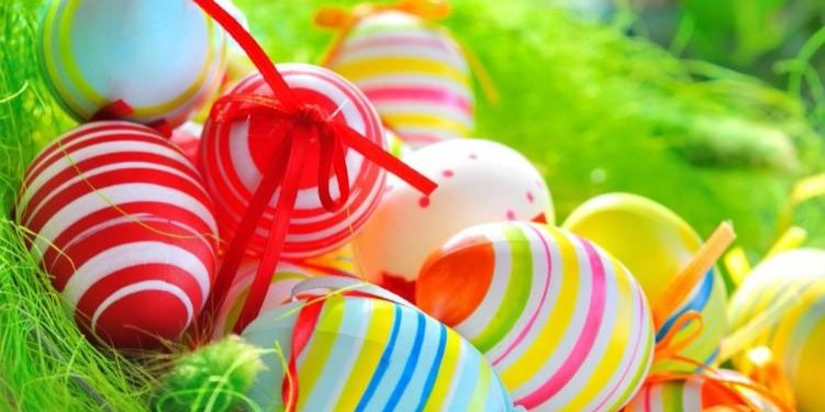 colorful-painted-easter-eggs-in-basket[1]